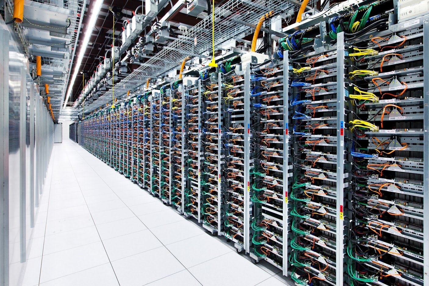 Google Cloud launches four new certifications and one specialization to lessen the shortage of talent in this technology and face challenges of cybersecurity. - Image: Google Cloud