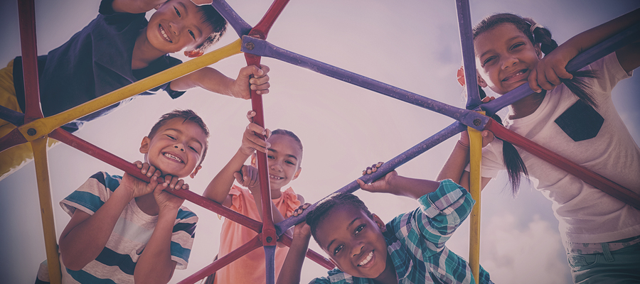 Recess time may be the key to give children social and emotional skills. - Photo: Bigstock.