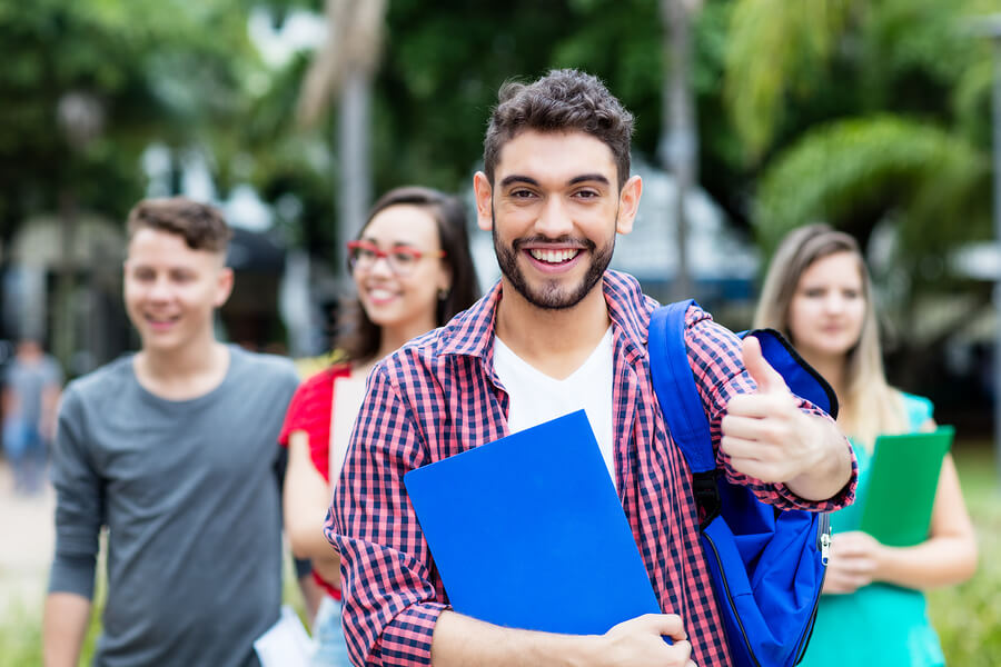 Students are quite optimistic about their chances of finding a job, but the degree of optimism varied according to their career. - Photo: Bigstock