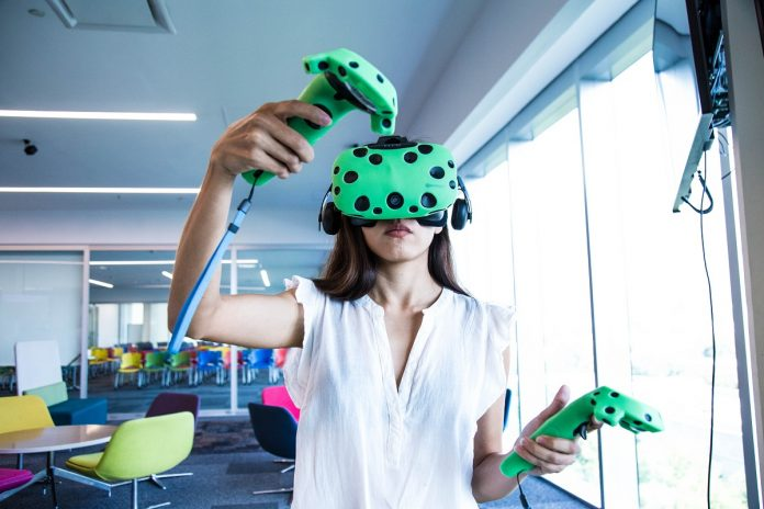 More than 20,000 students nationwide will be able to experience immersive learning in the seven VR Zones. - Photo: Alejandro Salazar / Tec de Monterrey.