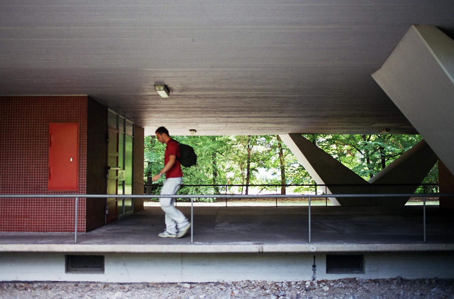 Hansaviertel_Niemeyer_04.jpg