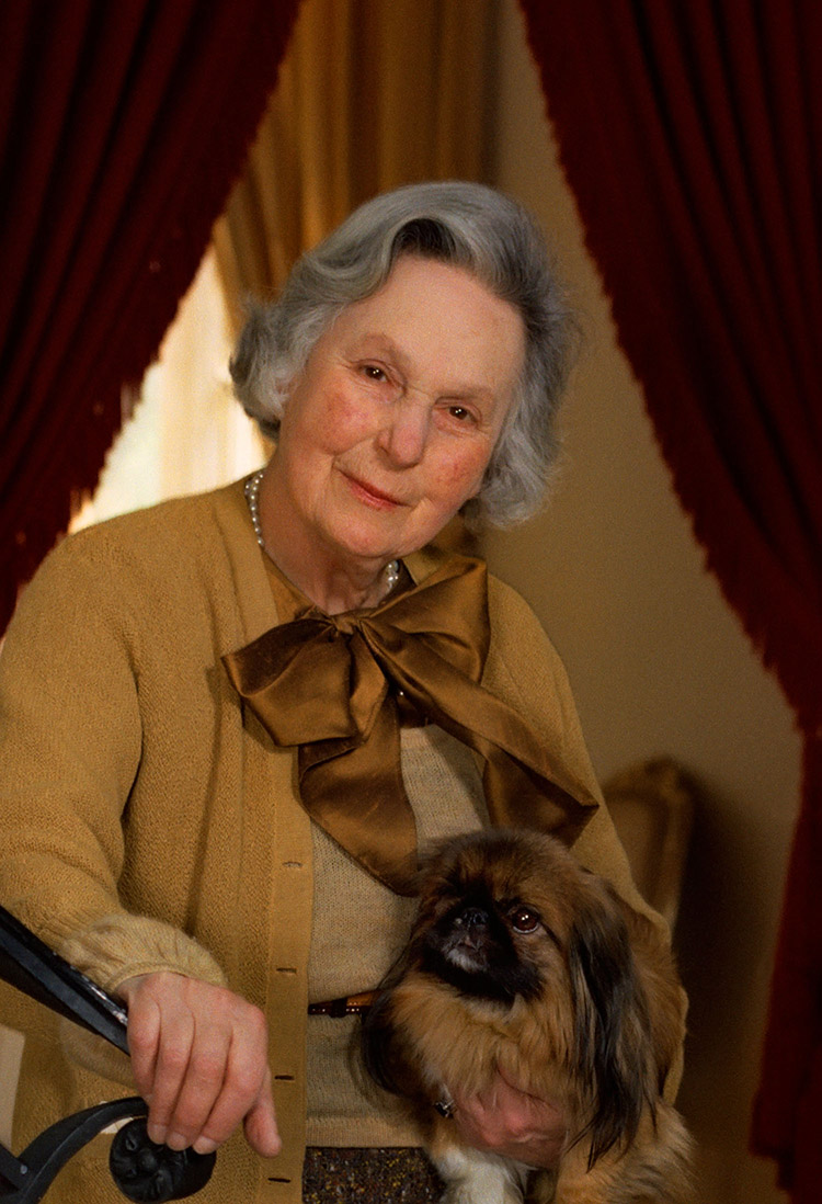 Dorothy Mathilde de Rothschild (1895-1988) | More Information