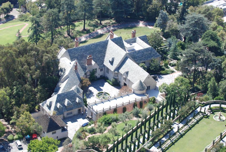 Greystone Mansion.png