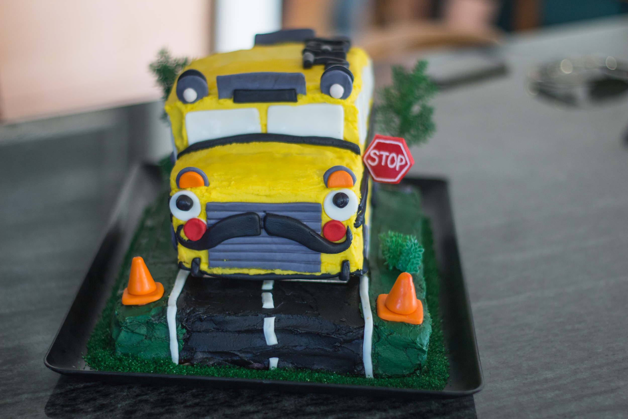 Amazing Wheels on the Bus Cake!