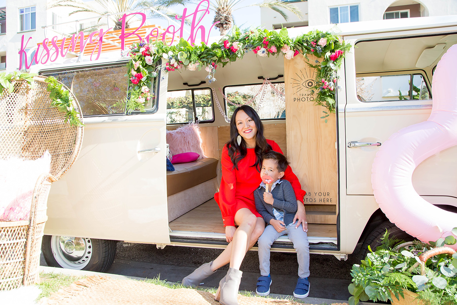 Kissing Booth Event | Amy Tangerine