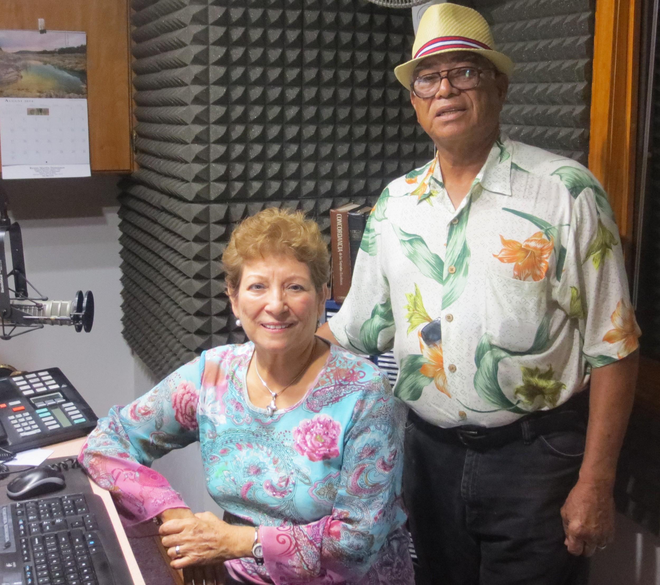 Amigos de antaño nos visitan: Rev. Jesse y Sra. Hermelinda Treviño