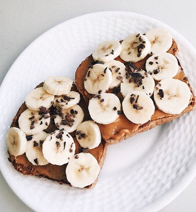 When in doubt, add a sprinkle of chocolate 🍫 . . . . #yum #eat #banana #breakfast #toast #chocolate #protein #healthy #mealprep #peanutbutter #nom #delish #hungry #homemade #eatlocal #cleaneating