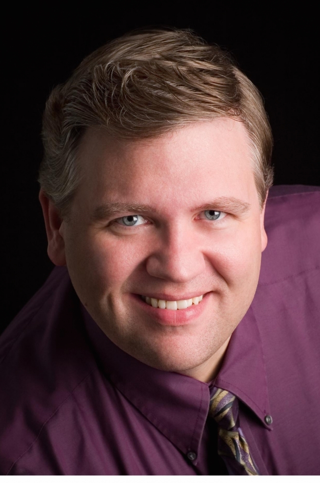 Baritone Steven Condy premiered  Songs of Experience  in 2007.