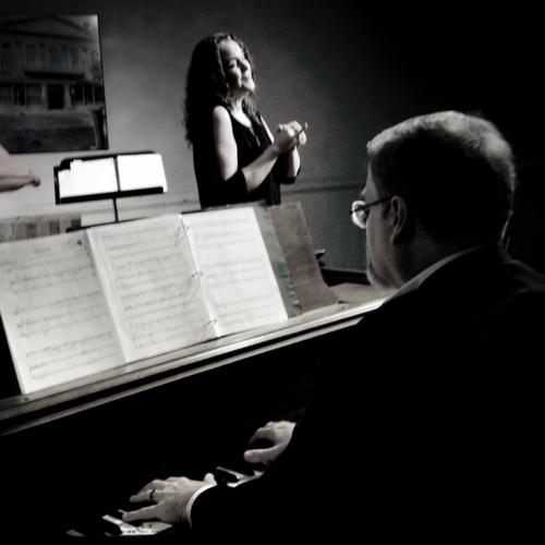 Gilda Lyons and Daron Hagen in concert.
