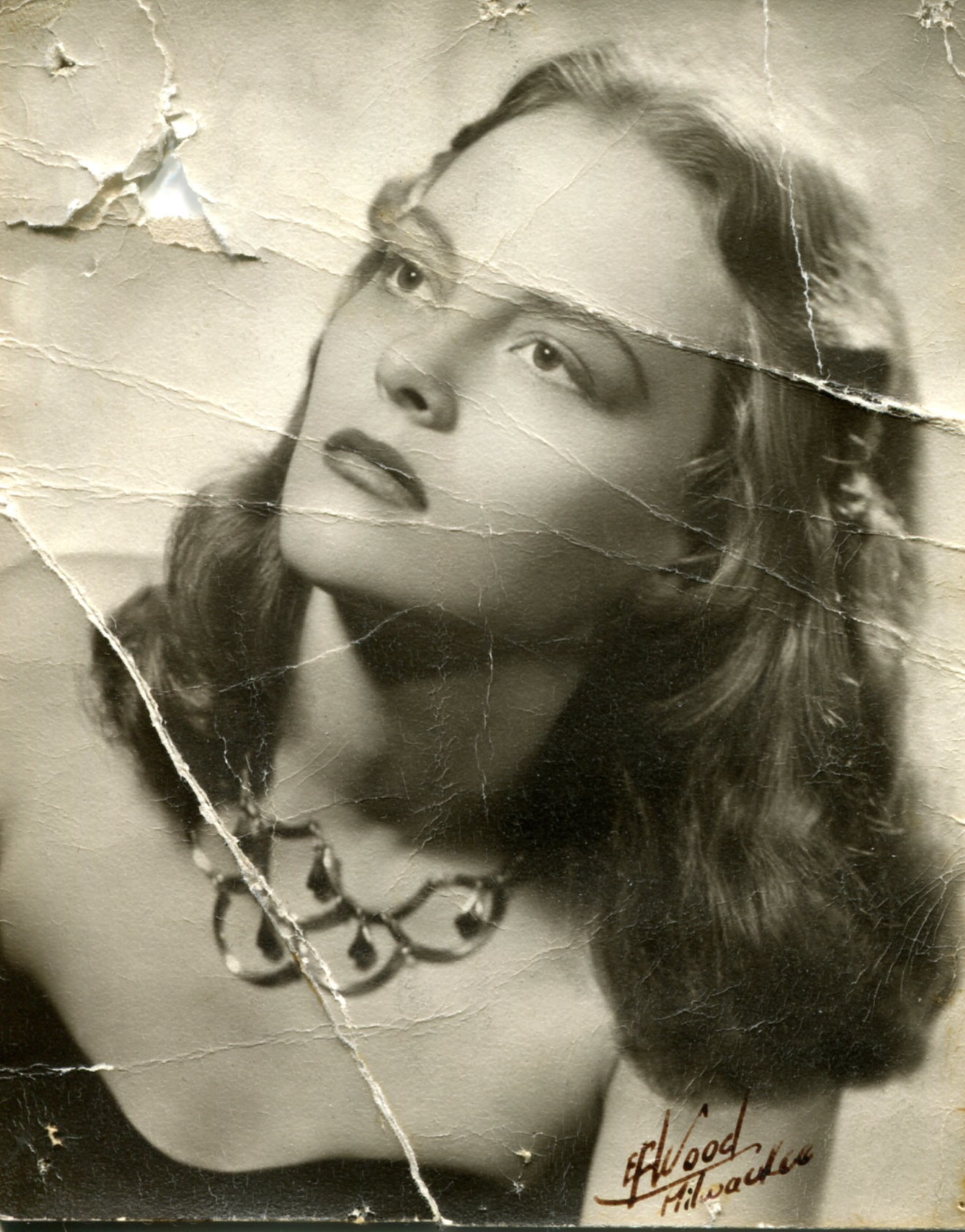 My mother, Gwen Hagen, in the 1940s.