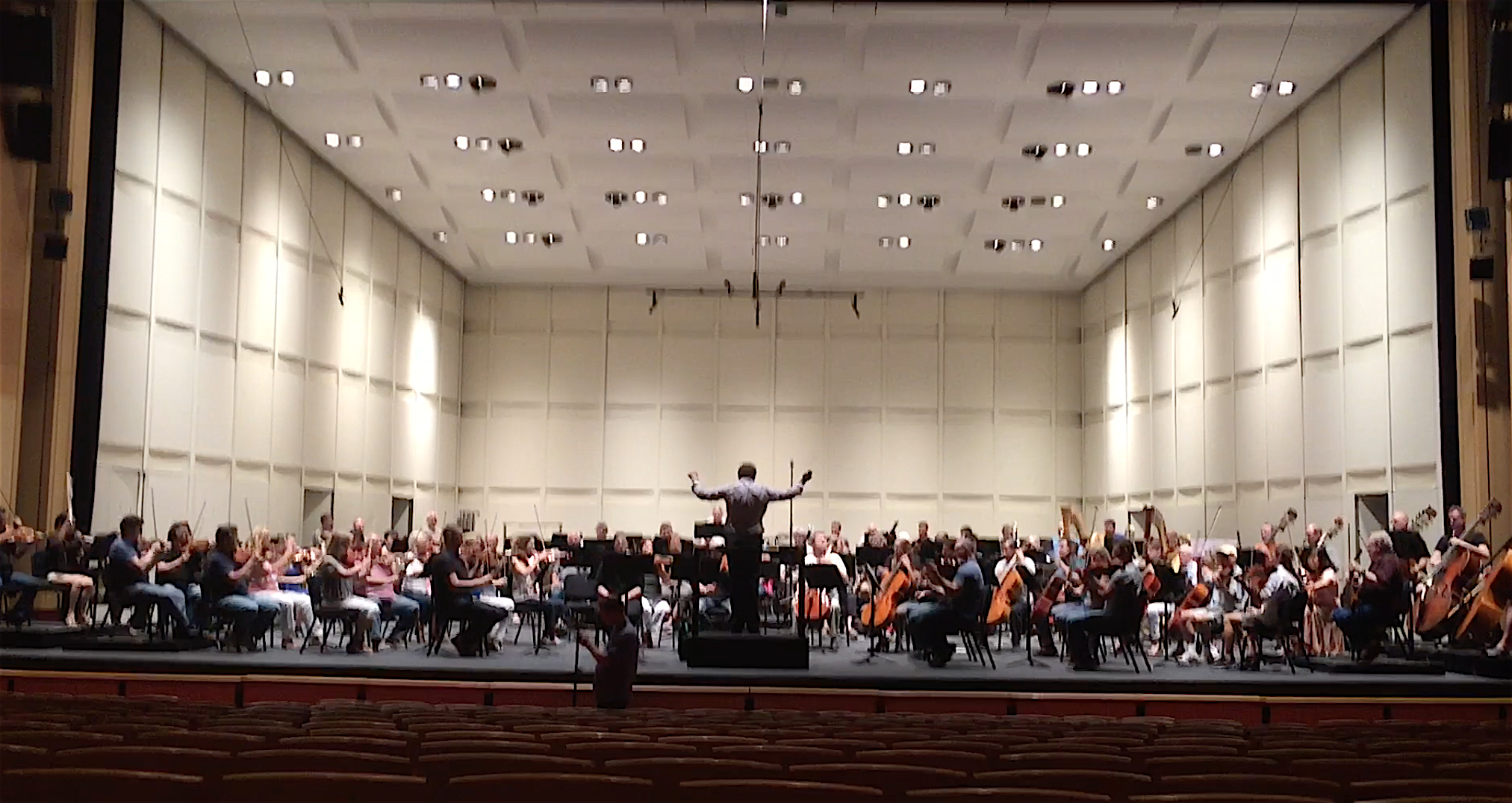 Michael Christie leads the Phoenix Symphony Orchestra in my Symphony No. 5.