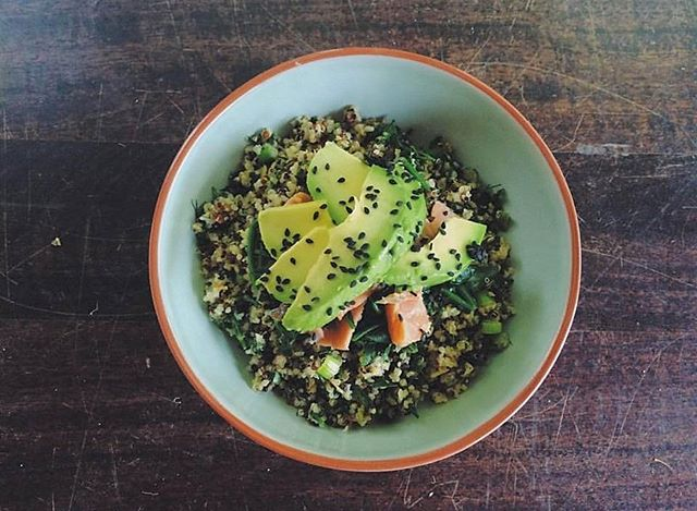 MID WEEK BREKKIE TREAT -The healthy breakfast you've been dreaming of. Scrambled Citrusy-Herbed Quinoa bowl, it's a pretty great way to start the day, really. Try it! #harbordgrowers via @sarahspantryau