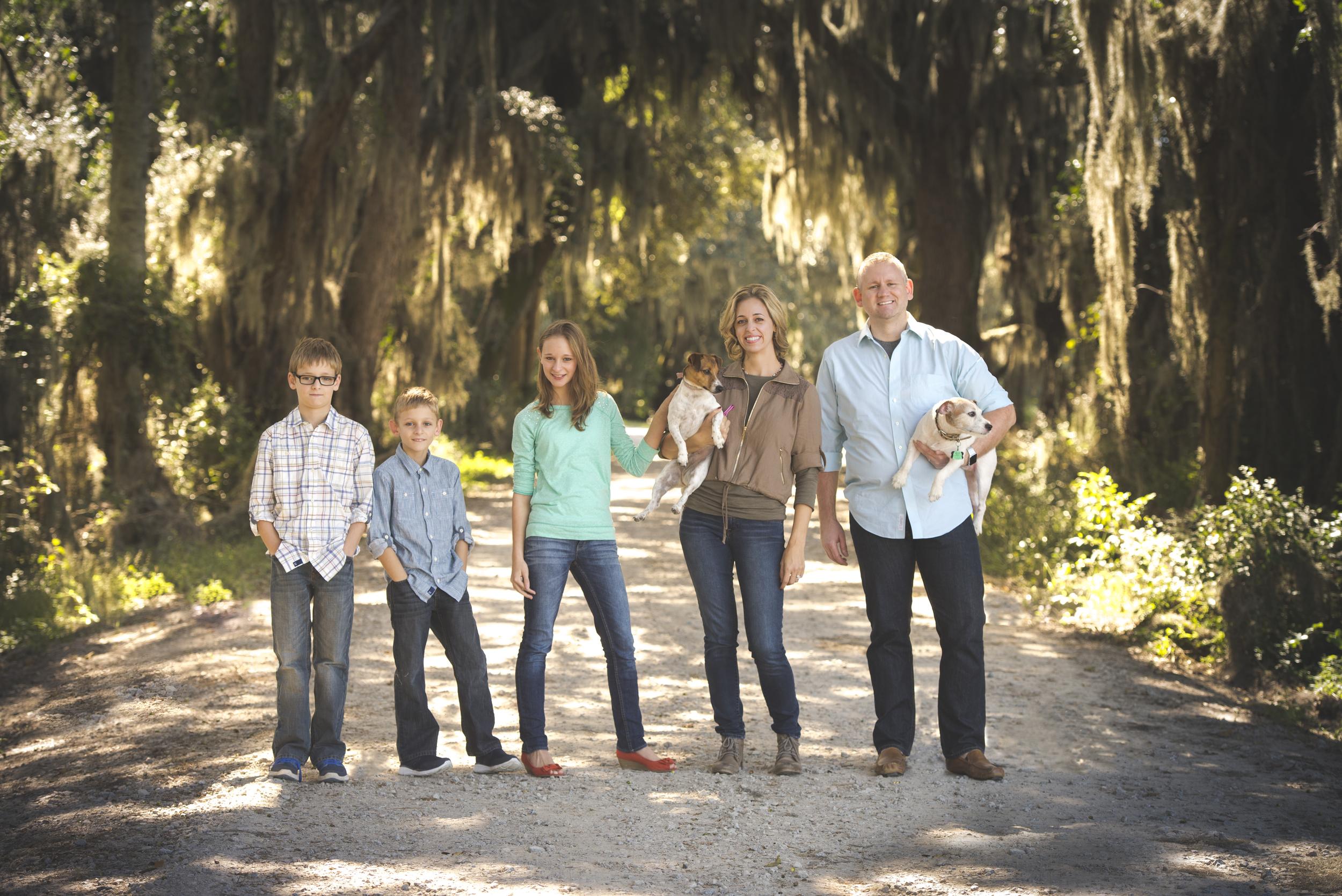 savannah Georgia family moss.jpg