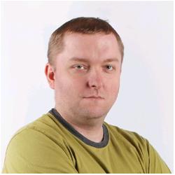 Damian Domański    Social Media Director