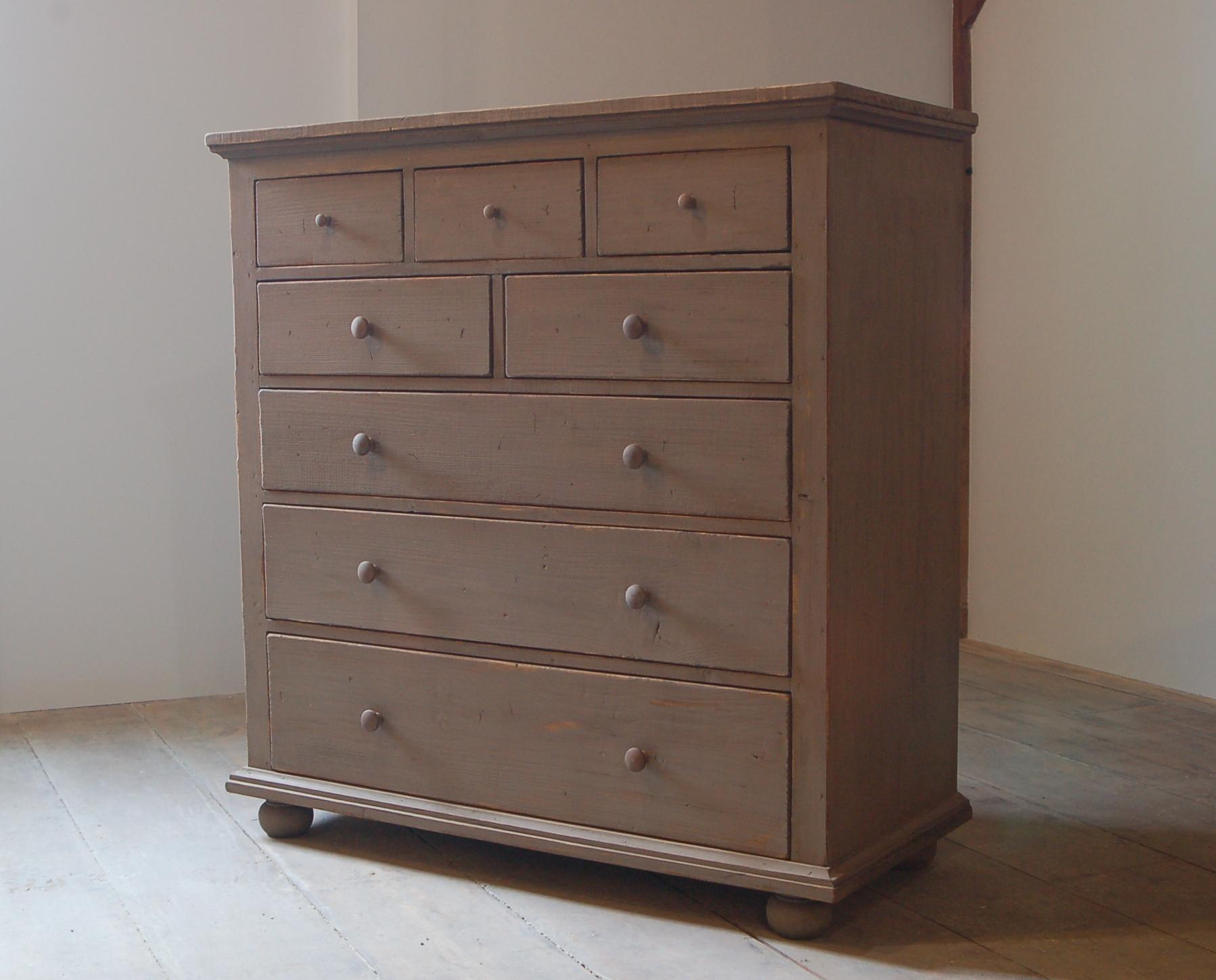 8 Dr Dresser (2).JPG
