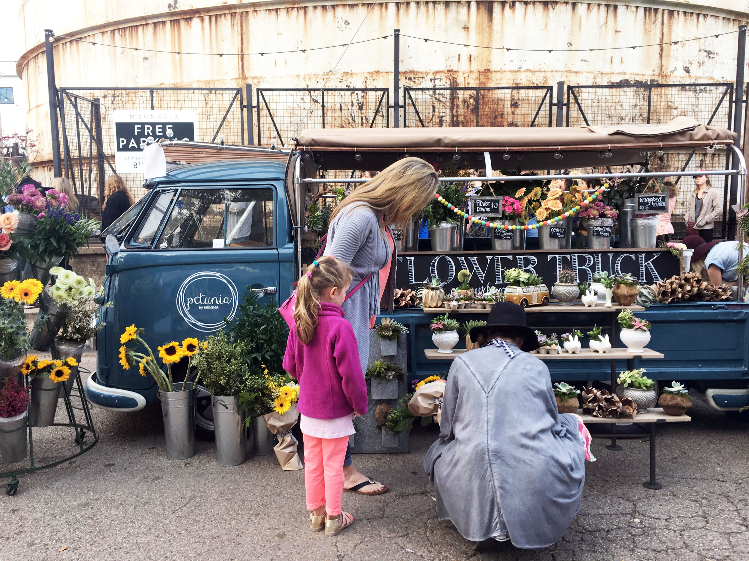 The Petunia flower truck by Bunches was a stunning breath of fresh air.