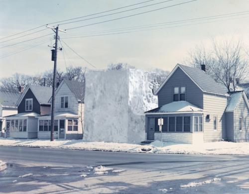 ice-house-ii-minneapolis-usa-1972-01.jpg