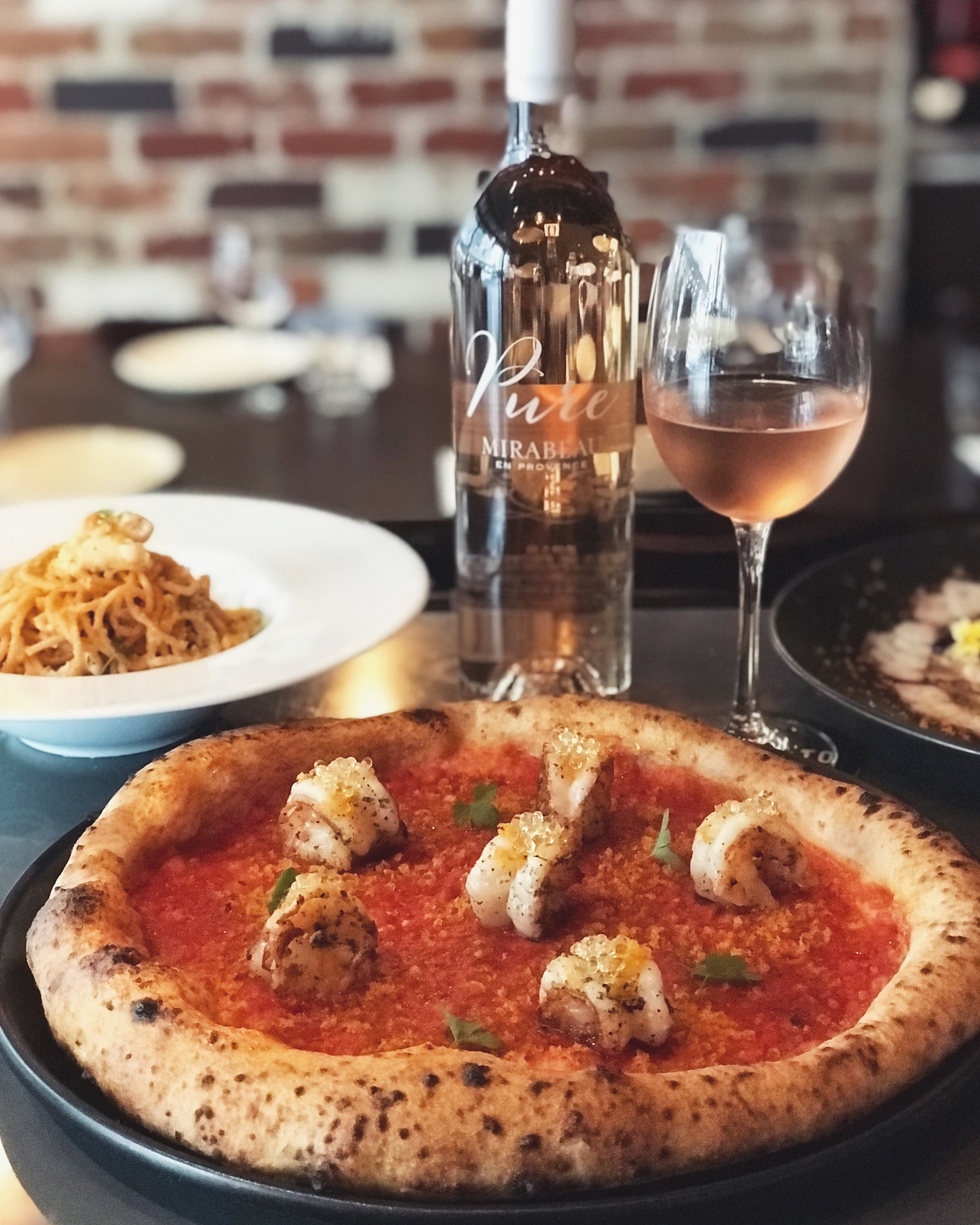 1-7 May - 🦐🍅 A luxurious seafood variant to our traditional Marinara, this pizza features Sicilian bottarga, massive king prawns, lemon pearls and a distinctive oregano-sprinkled tomato base.Just divine with our Mirabeau 'Pure' Rosé (France).