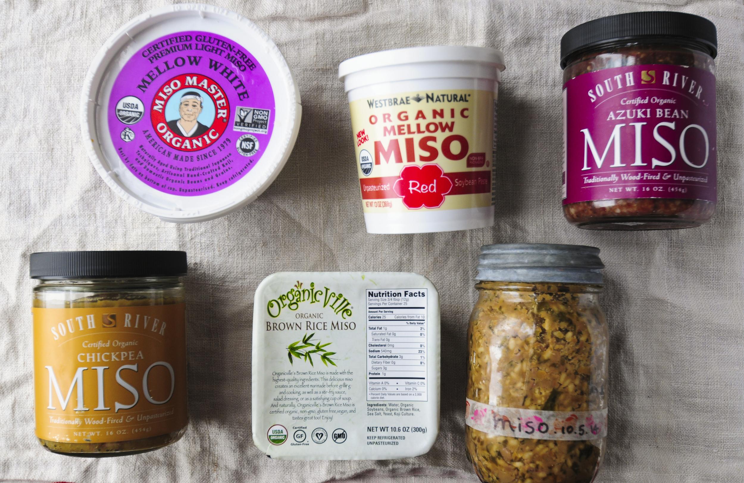 I featured Japanese Superfood Organic Miso in the June issue of nice things. magazine.   アメリカの味噌職人のこだわりはすごいもので、American Miso Campanyの味噌は、  信州と気候が似ている、ノースキャロライナ州で、  オーガニックの材料、天日干しの塩、麹を使い、  数百年前の日本の技法やマクロビオティックに基づいた考えで味噌  作りを行い、添加物などを一切加えず、木樽でじっくりと、  自然熟成させたこだわりの味噌。