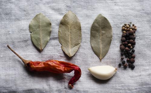 a.500.bay.leaf.pepper.pickles.DSC_0788.jpg