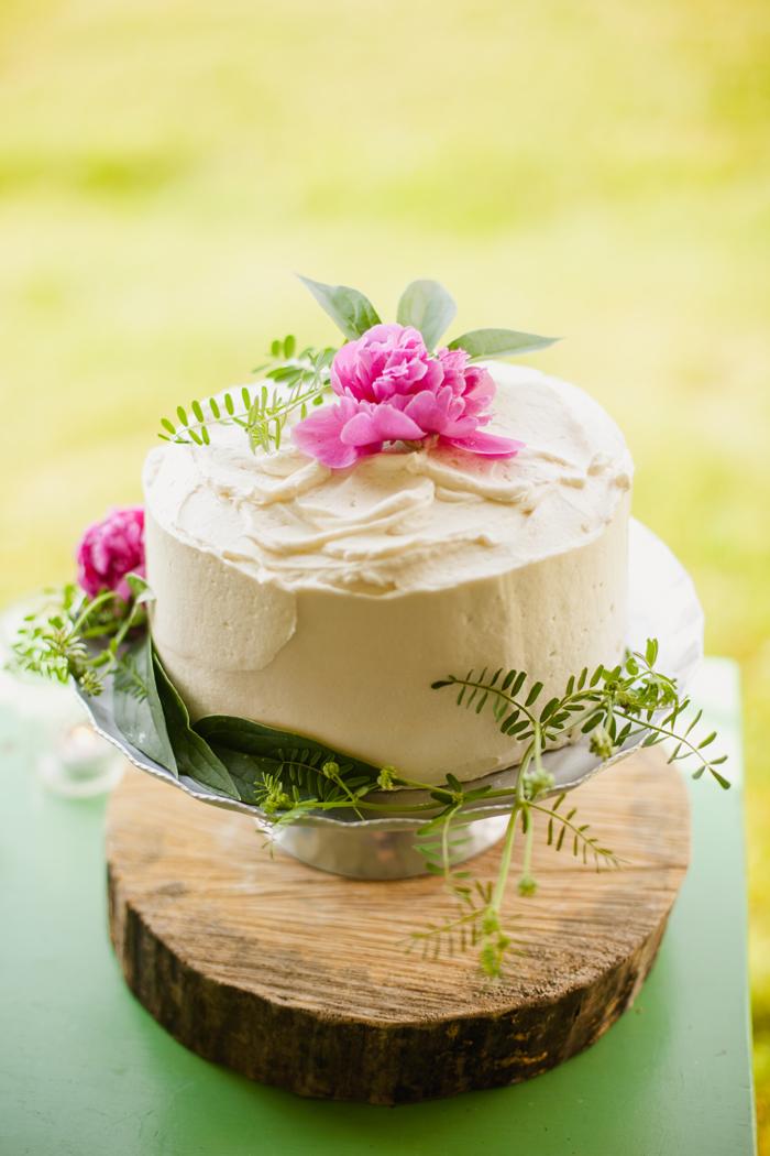 a.700.enos.farms.cake.flower.photo-148.jpg