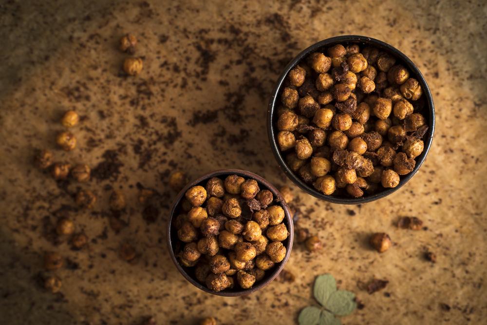 FAT-Spice-Roasted-Chickpeas-117.jpg