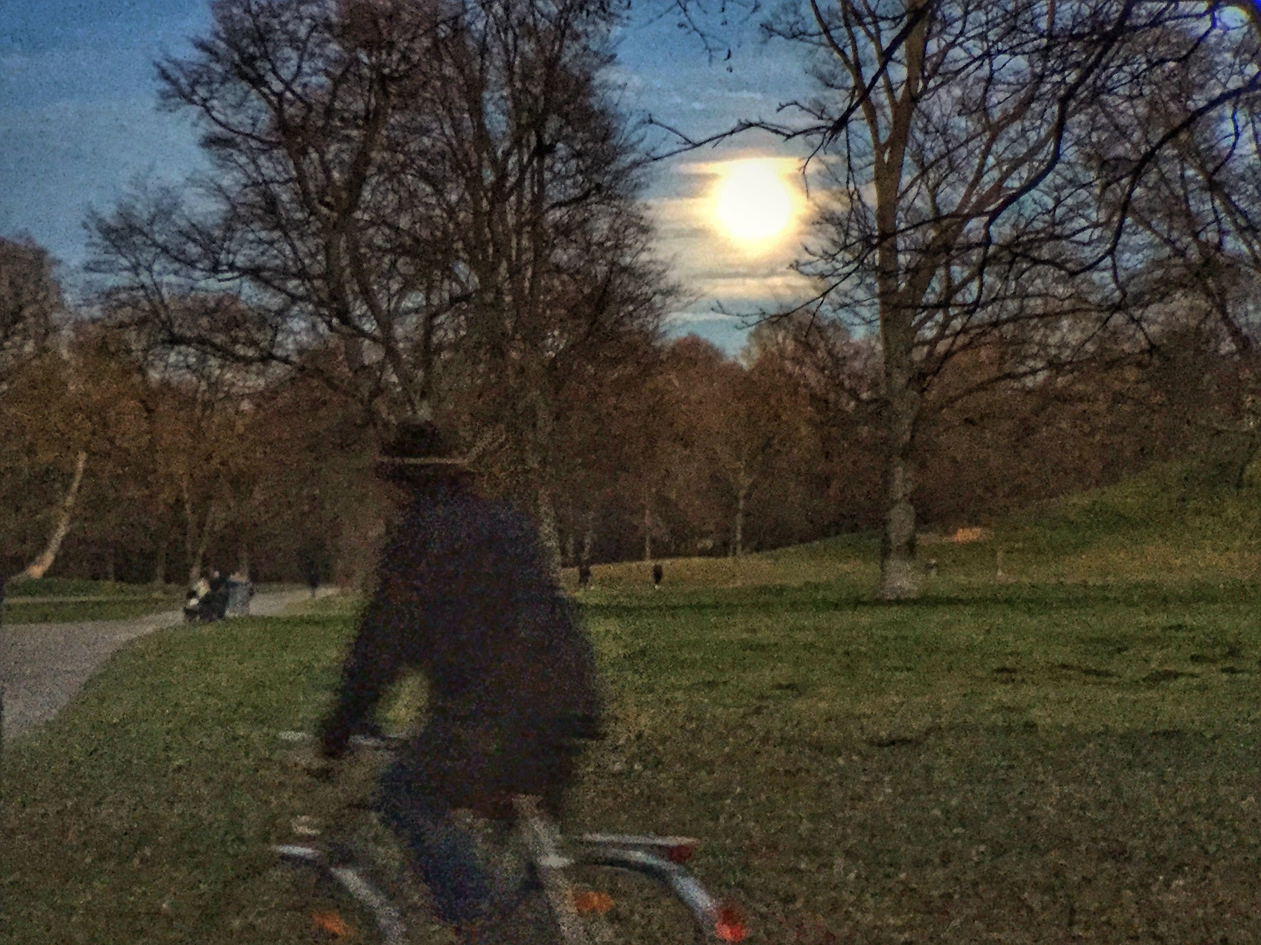 Chuck paddling though the Munich Englischer Garten on Christmas Eve while the moon is rising and all church bells are ringing...