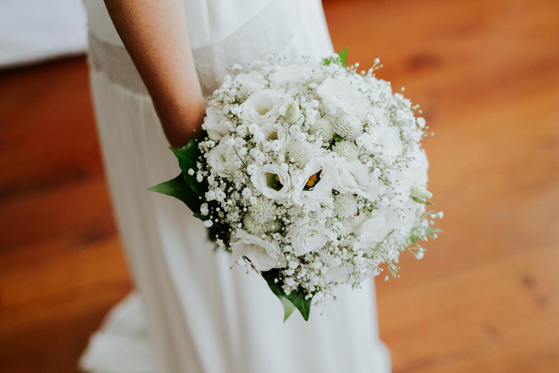 bride bouquet wedding portugal