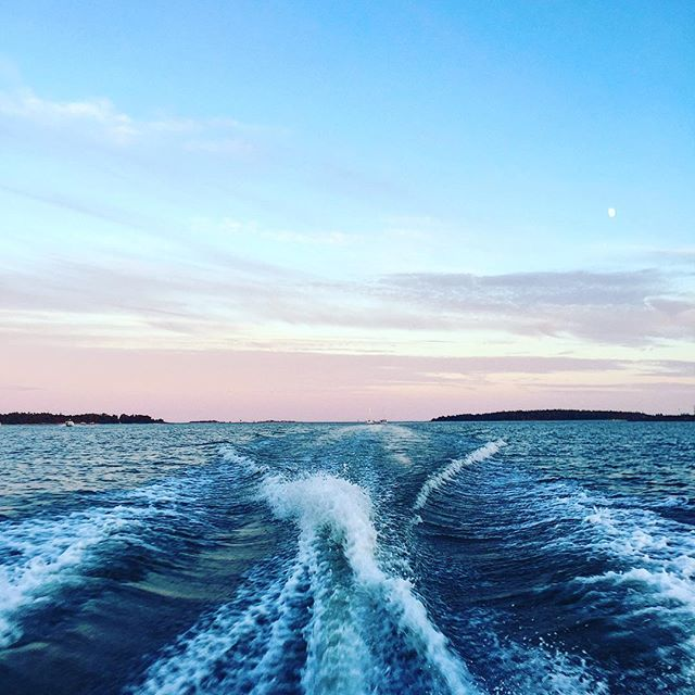 Waving  #waves #sea #soundinspirations #water #finland #supmiretki #naturesounds #soundshade
