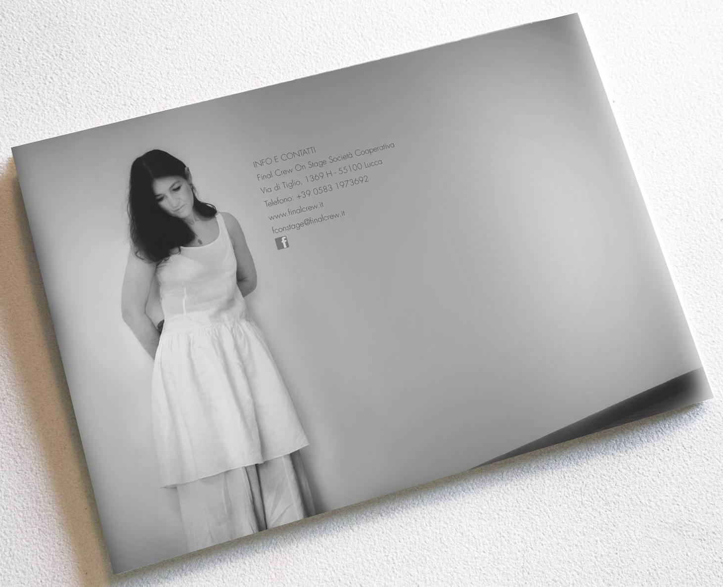 Brochure - Retro