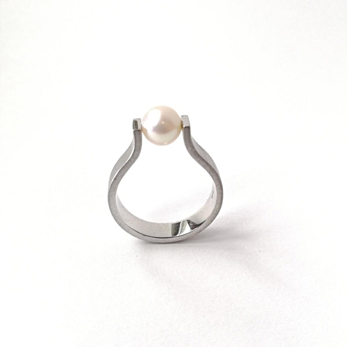 Ring No.3 - Süsswasserzuchtperle / Silber 925 / Fr. 390.00