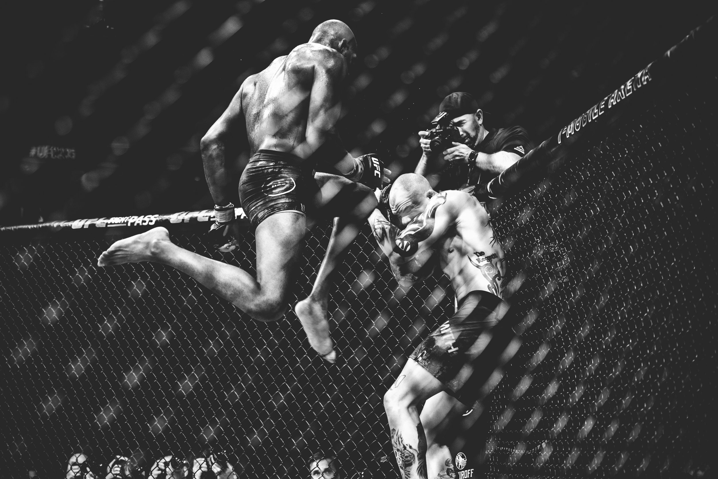 TONYELLISPHOTOGRAPHY.CO.UK_UFC235_2019_389.jpg
