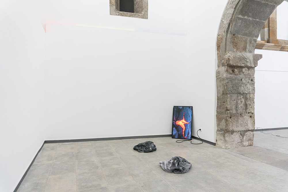Paulo Arraiano and Patric Sandri  Installation view at Matter/Non_Matter MAH Museum