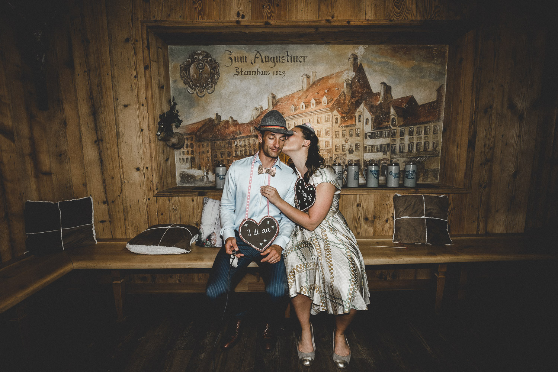 Jelena&Migi-Photobooth-19.jpg