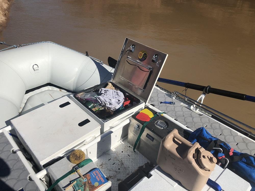 Split boxes on a raft