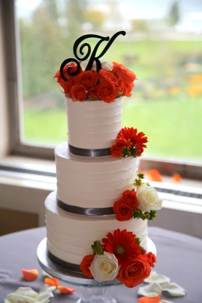 Partlow Keiper Wedding Cake.jpg