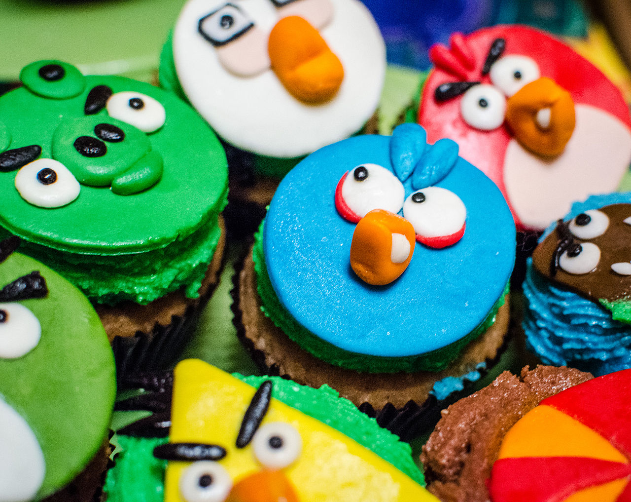 """ Gaming Cupcakes "" by  Sergey Galyonkin  is licensed under  CC BY-SA 2.0 ."