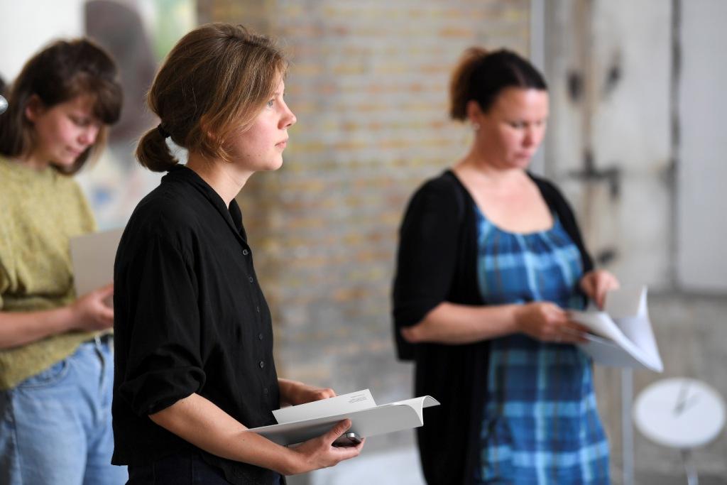 Kunstner Signe Frederiksen leger med vores forventninger til kunstinstitutioner