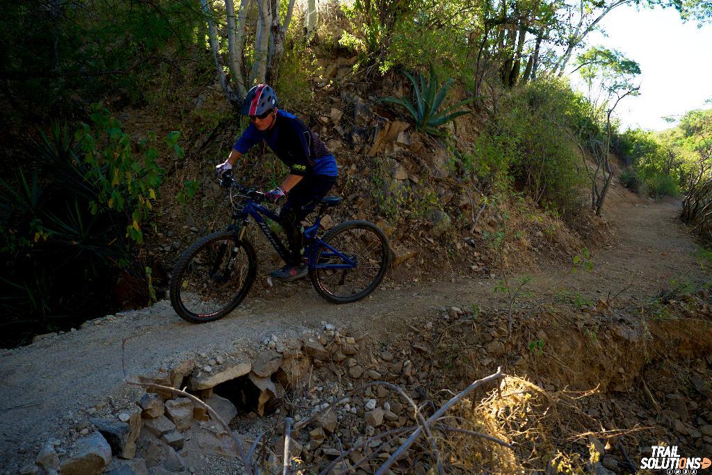 mtb-trail-baja-mexico.jpg