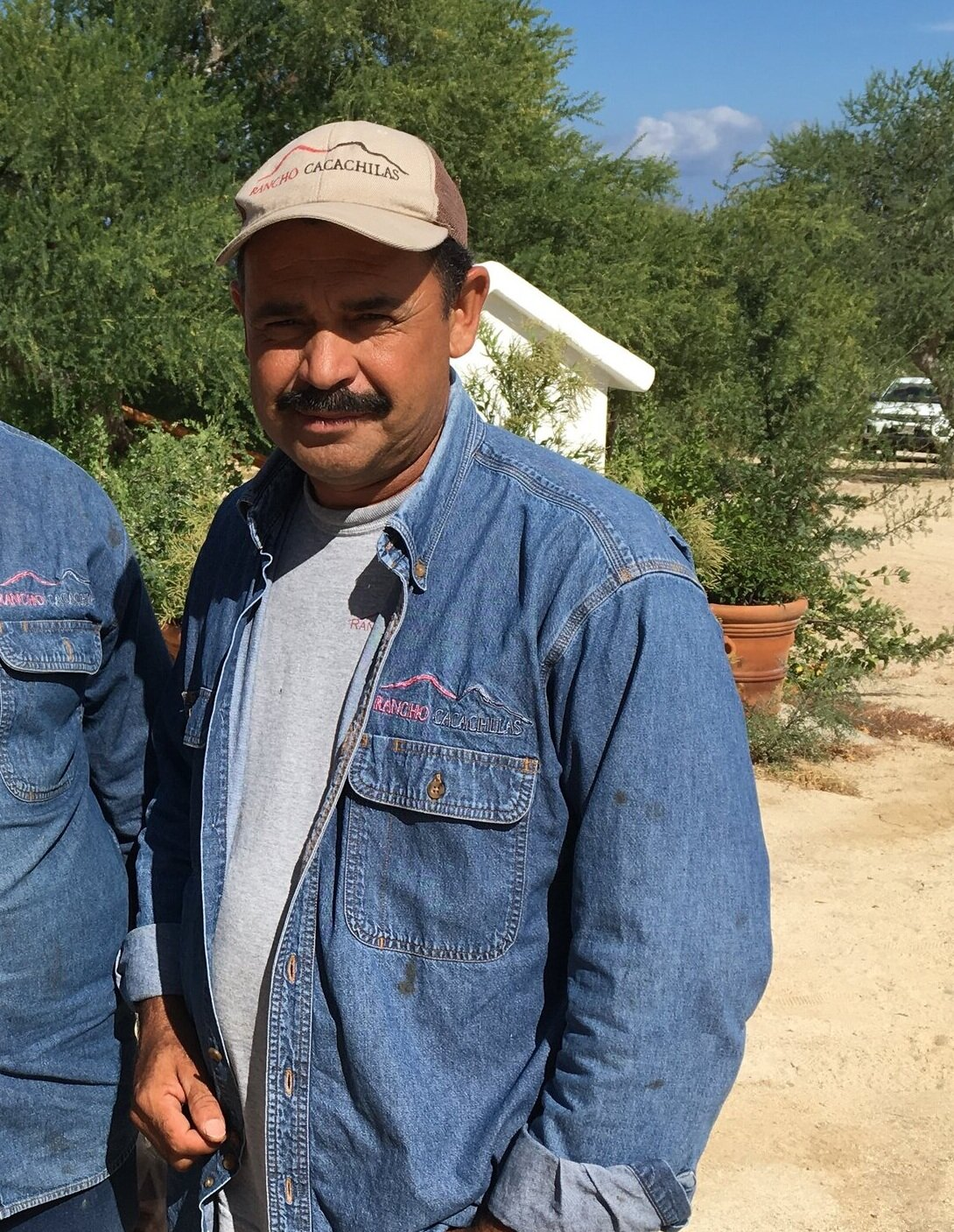 Benigno Geraldo - Farmer and Beekeeper   Benigno came in to assist Juan Carlos in the fall of 2015 and has also been at the farm since it's beginning in 2016. Benigno, like Juan Carlos, worked in conventional agriculture, animal husbandry, and construction before joining us at RC. He is hardworking and proud of the high quality products his team produces. He was born and raised in a nearby ranch and is raising a family as well.