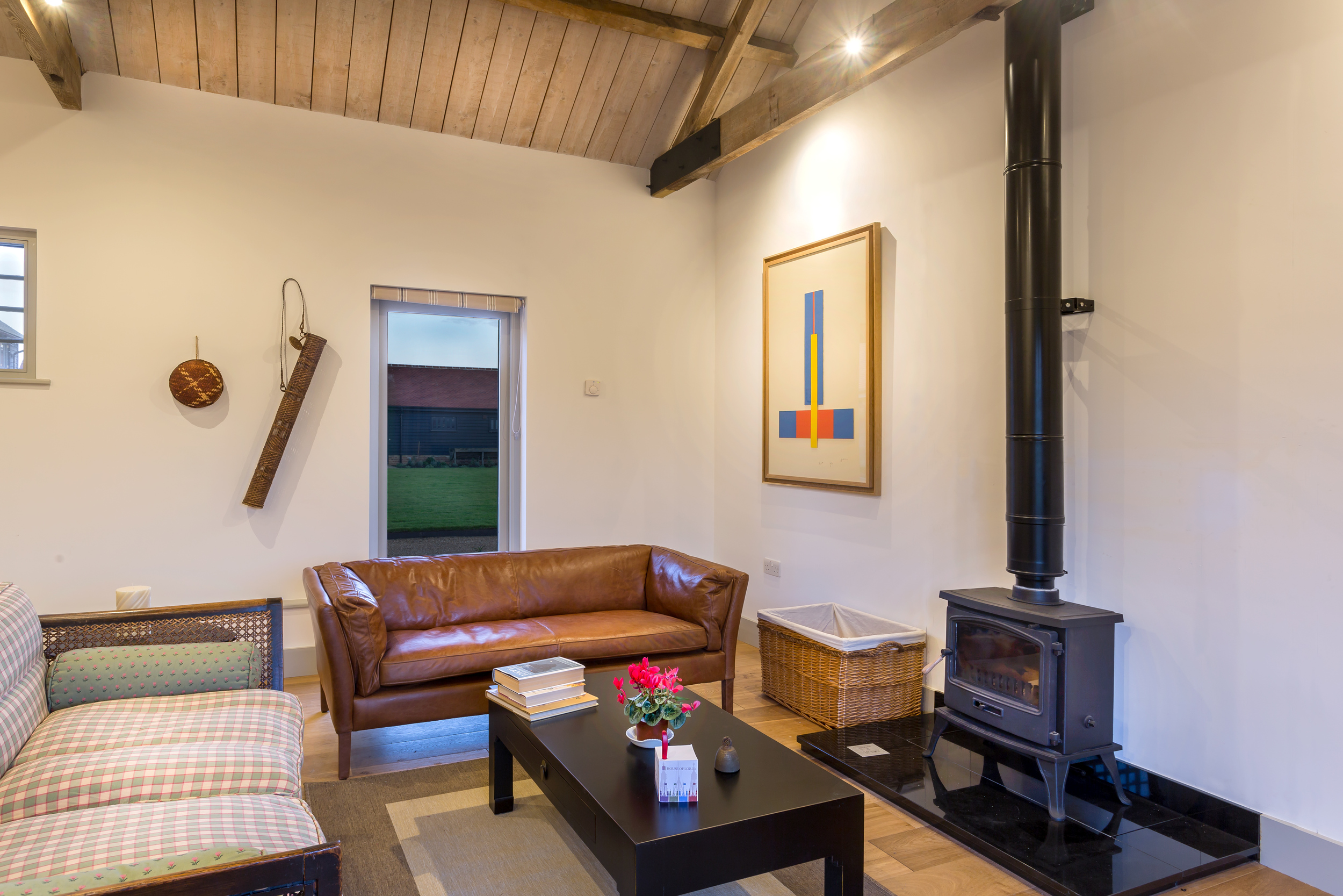 The Wagon House - Lordship's Barns - Living area