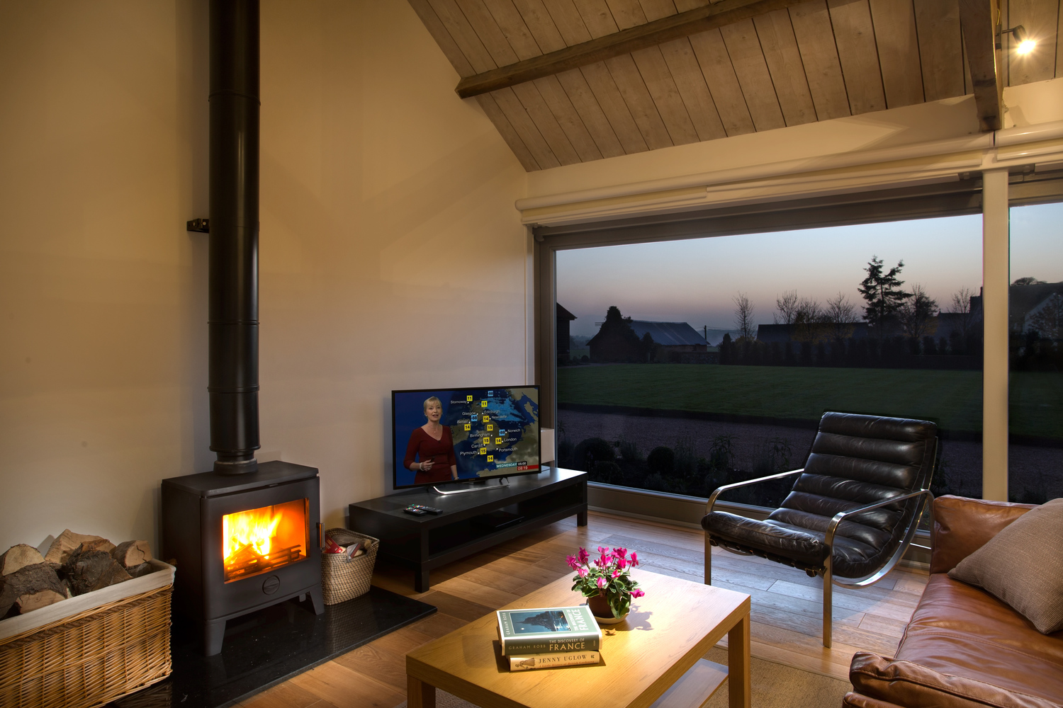 The Vineyard - Lordship's Barns - living room fireplace
