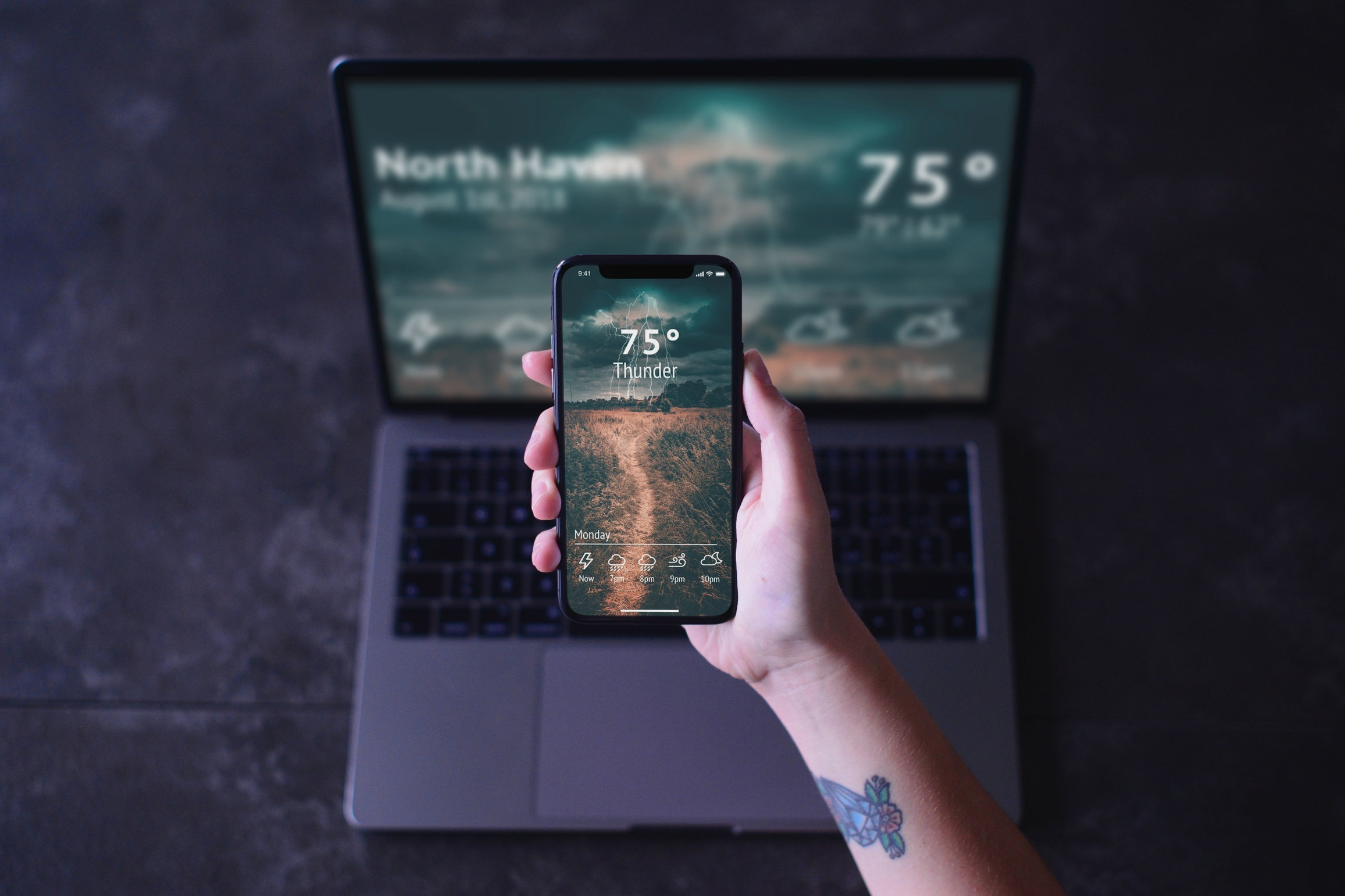 Weather App - Web App/iPhone Mock-up