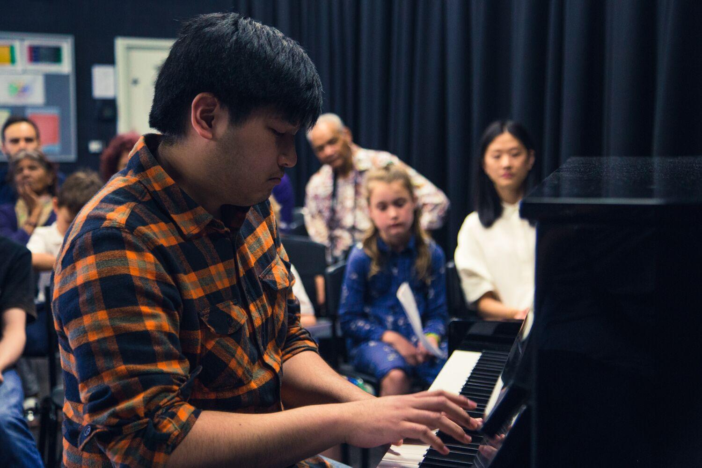 Piano 131.jpg