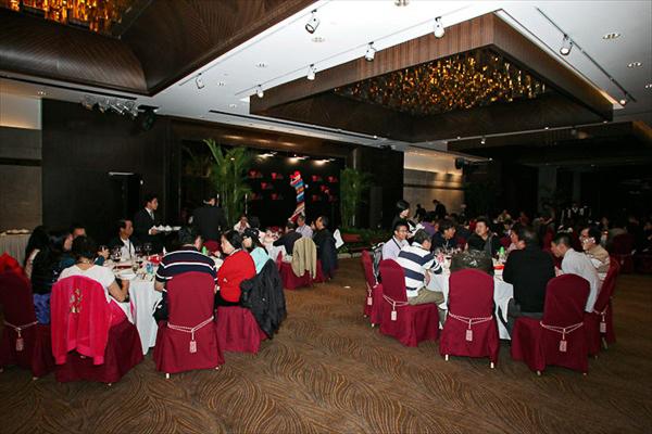 OMHWC_welcome_dinner_to_Garcia_2.jpg