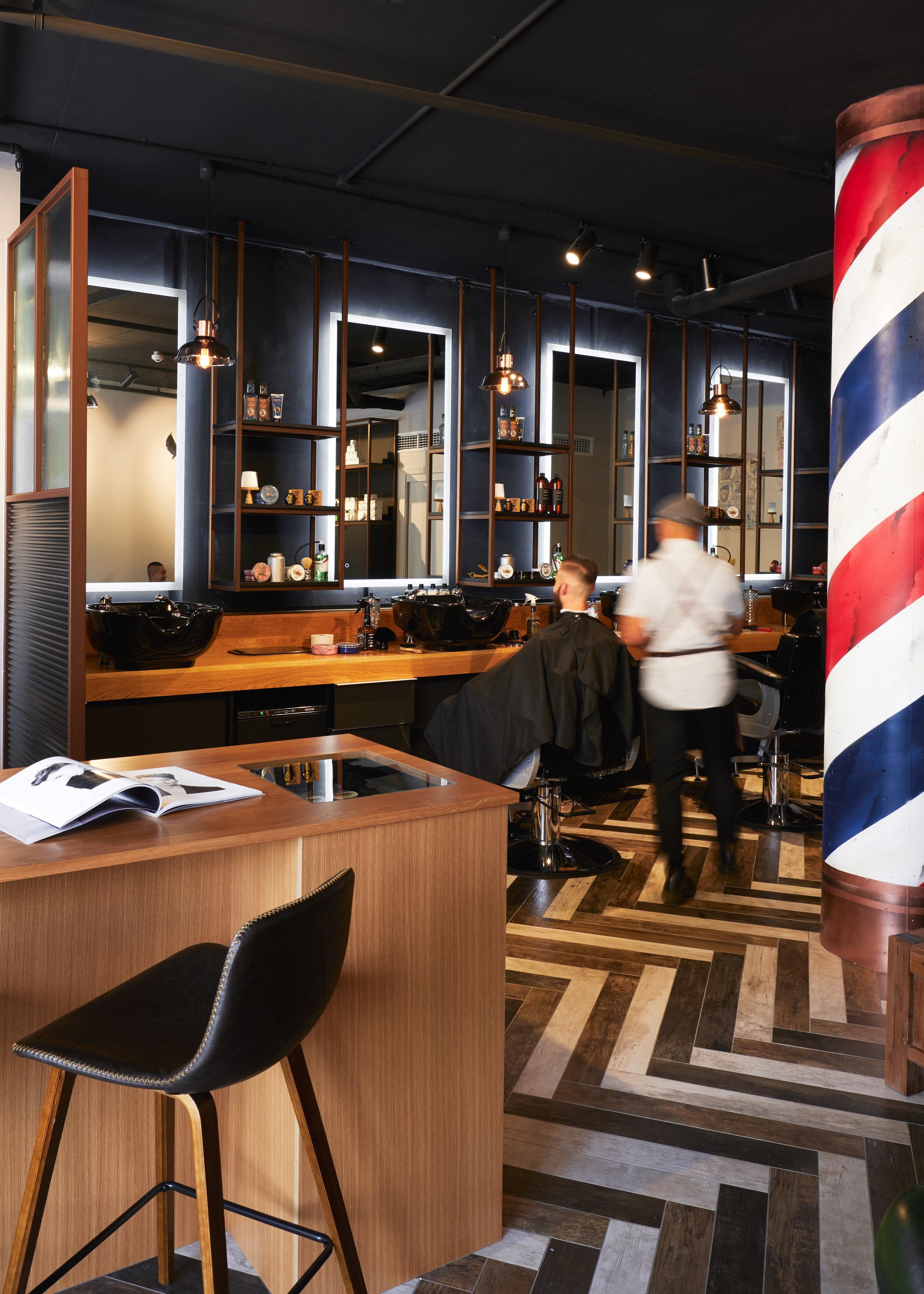 Peaky Barbers_559.jpg