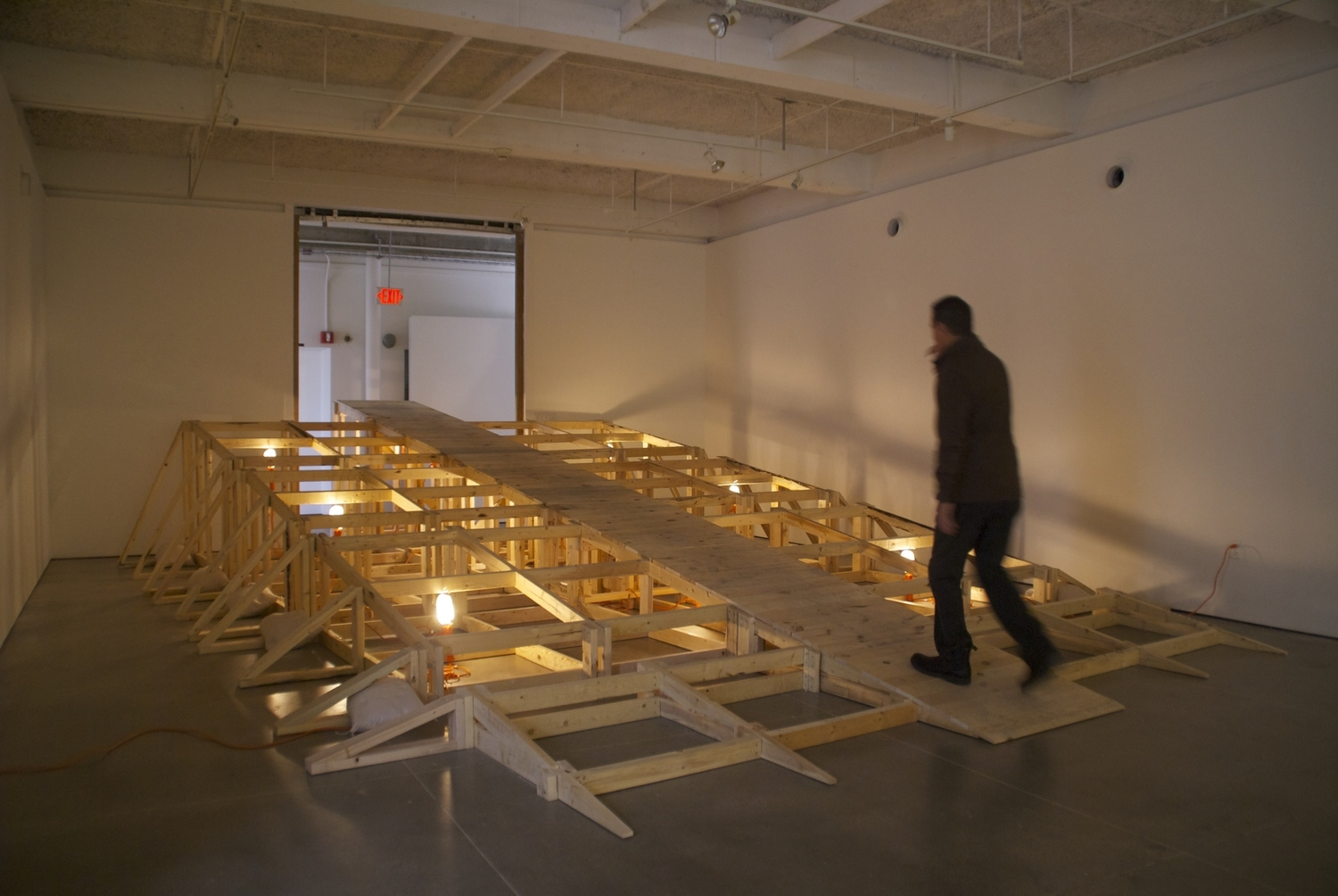 FALSE PROGRESS  2015,   Pine, Screws, Work Lights, Sand Bags  Dimension Variable