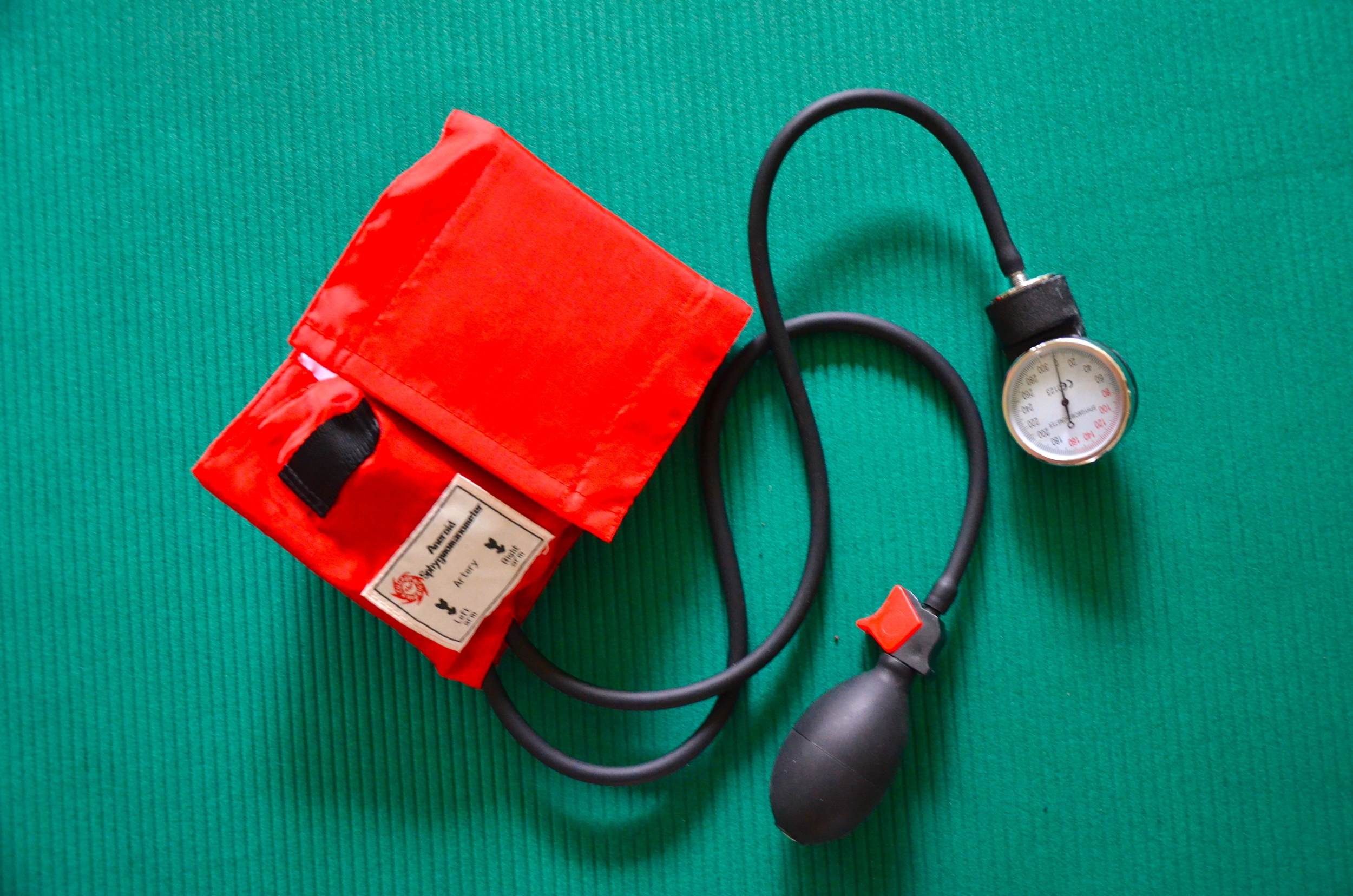 the blood pressure cuff (sphygmomanometer) is also useful for the assessment and conditioning of the abdominal wall