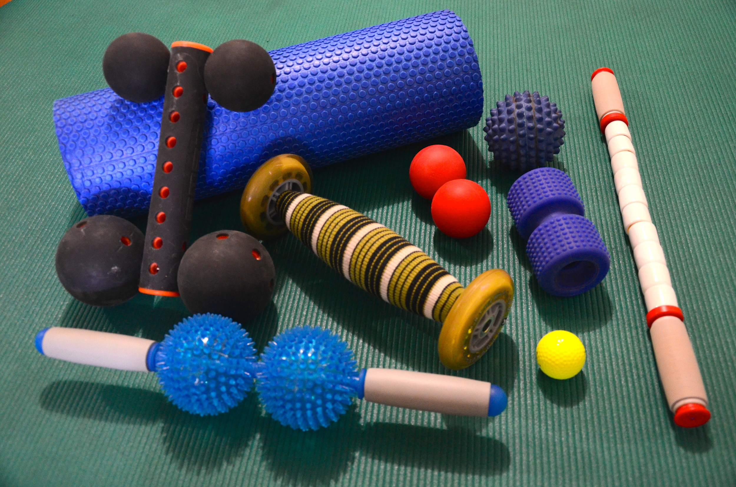 above, some tools for fascia release andoptimal neuromuscular activation. to be used depending onbody-area and compressive tolerance.