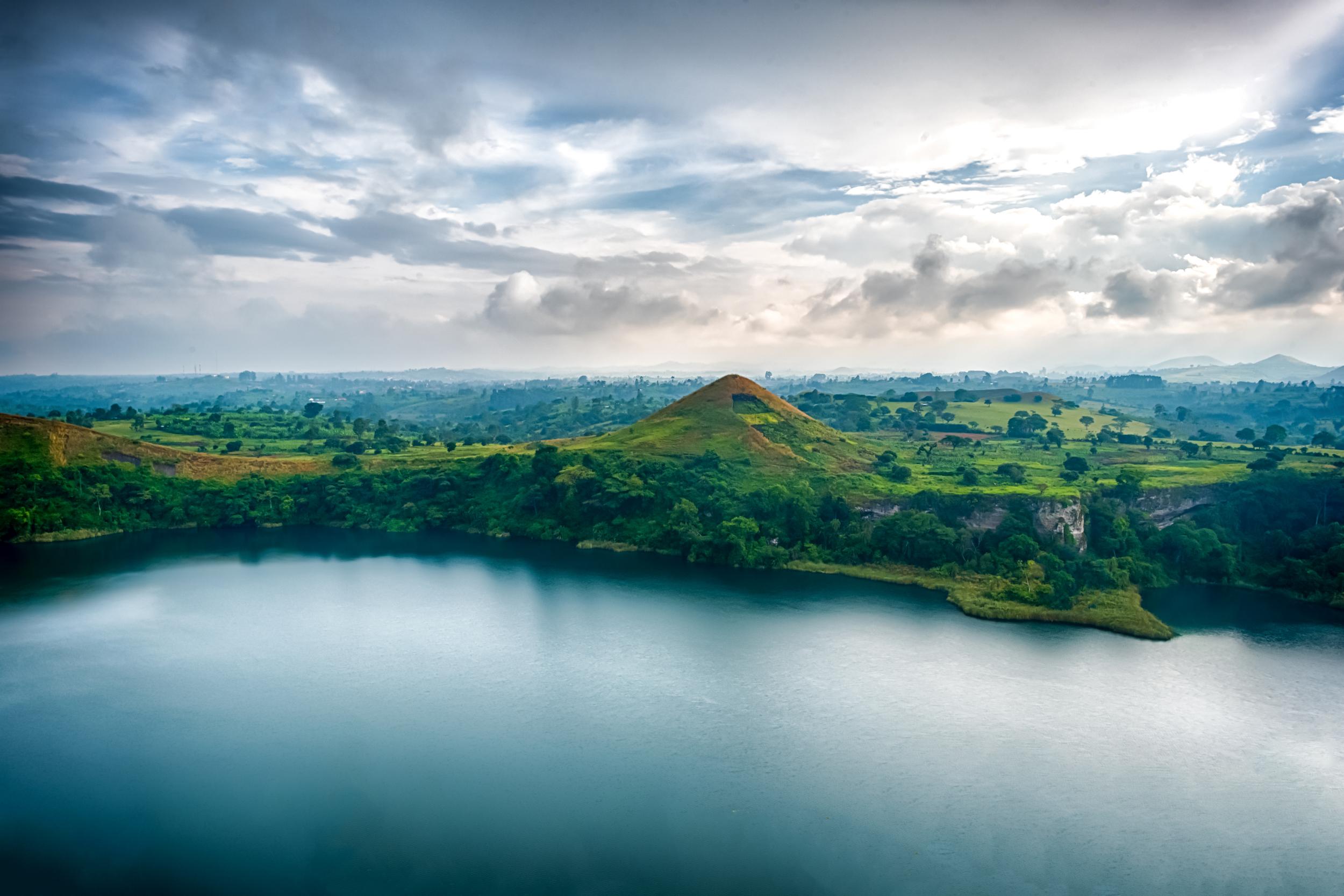 Crater-Safari-Lodge-Kibale-uganda.jpg